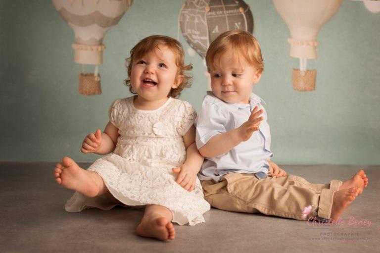 Bébés Jumeaux Fille Et Garçon : Seance photo jumeaux toulouse castres et revel en studio